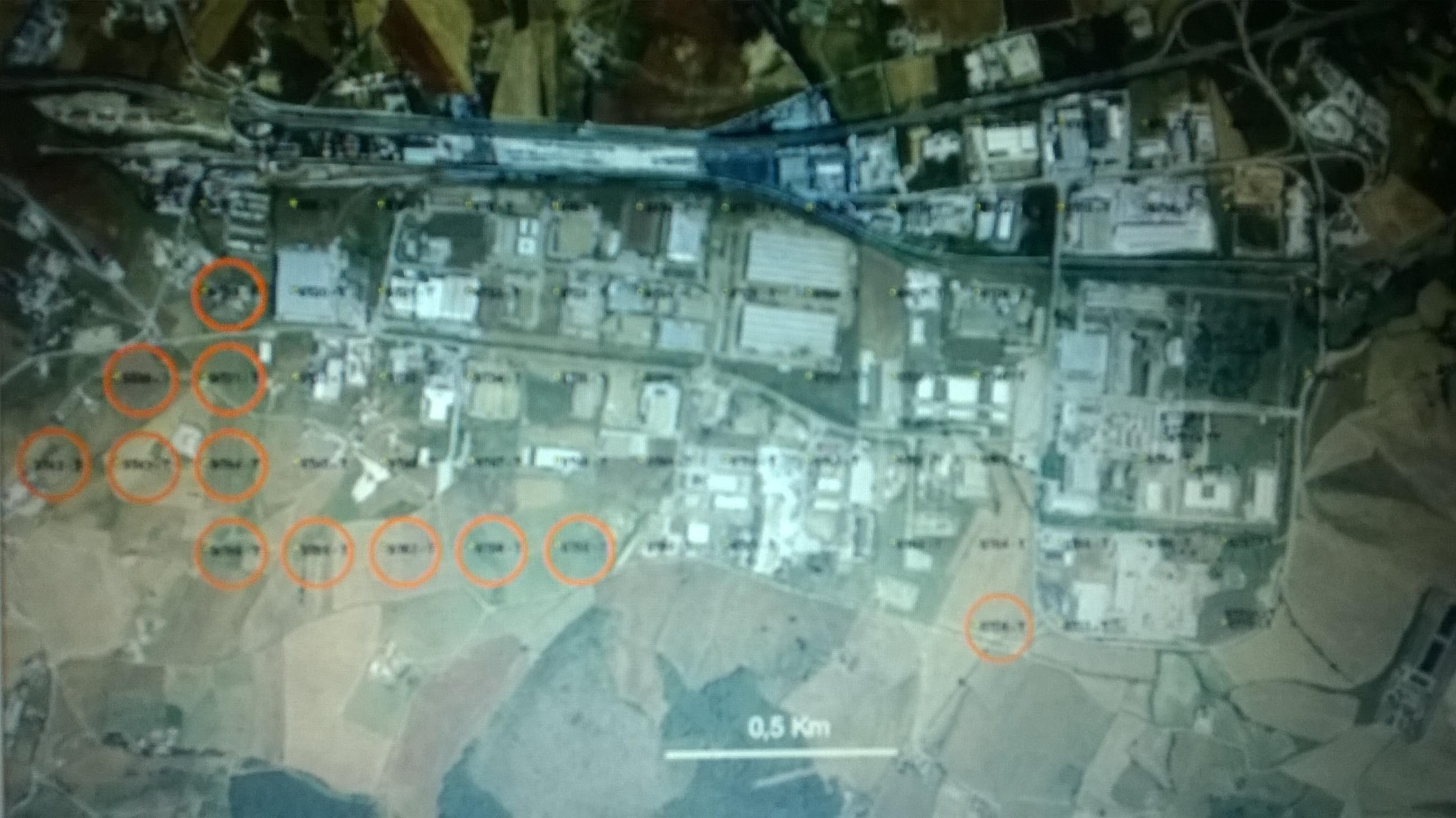 """I circoli rossi indicano i campioni selezionati come rappresentativi delle aree """"verdi"""": praticamente i suoli agricoli volti a coltivazioni alimentari valutati come aree residenziali"""